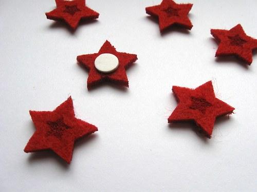 Výsek z plsti - hvězdičky červené 6ks