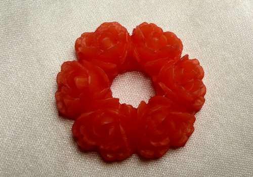 Plast. věneček s kvítky 29 mm - oranžová / 1 ks