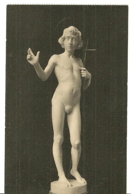 Umělecká pohlednice sochy reliéfy