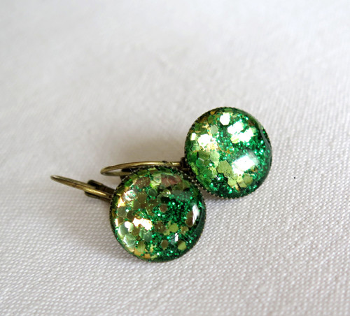 Náušnice starobronz se zlatou a zelenou