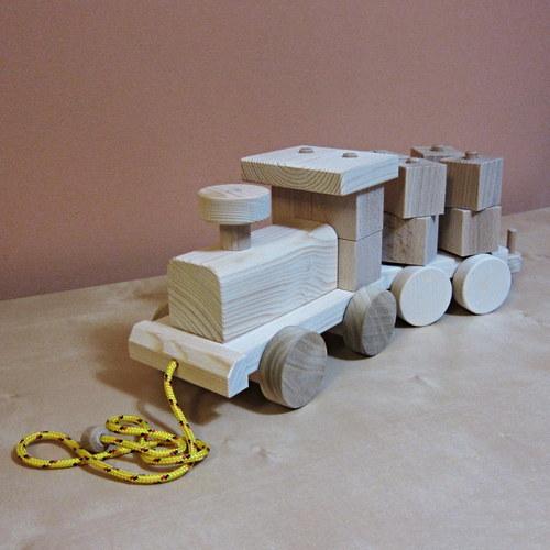MATYLDA 4x4- vláček ze dřeva
