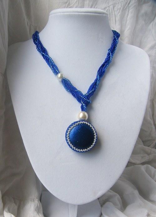 """Náhrdelník \""""Modrý amulet\"""""""