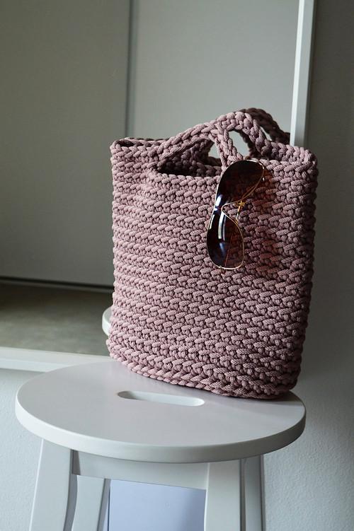 BERRY háčkovaná taška - ametyst
