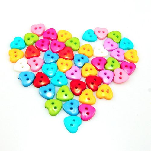 knoflík srdce mix barev - 6 ks