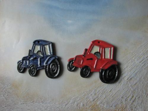 zavěsit traktor