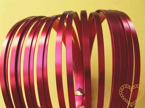 Červený dekorační hliníkový drát flat - délka 10 m