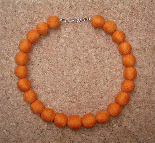 Oranžové za sucha plstěné
