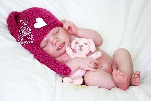 Newborn čepička pro miminko