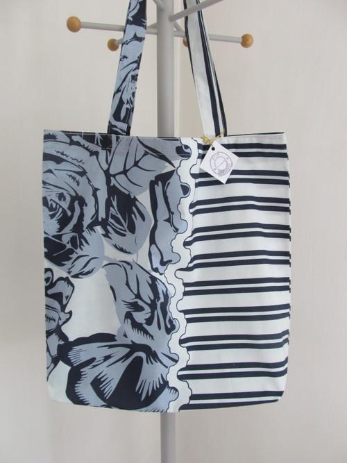 Velká nákupní taška - pruhy a kytky