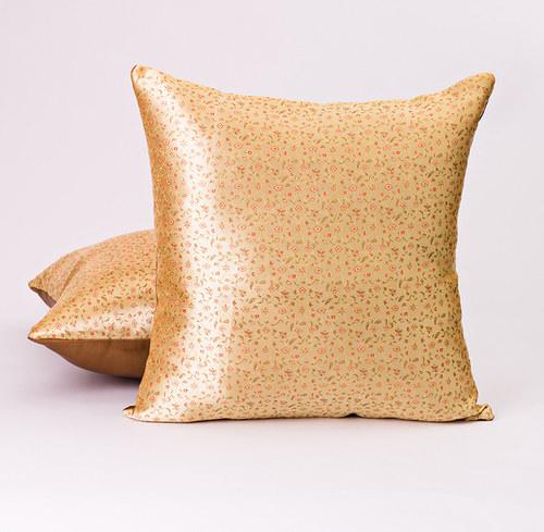 Dekorační polštář, žlutý brokát, 45x45 cm