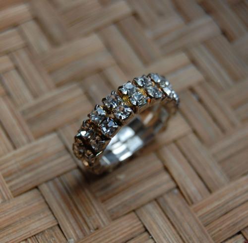 Štrasový prstýnek