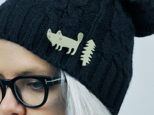liška u jednostromového lesa