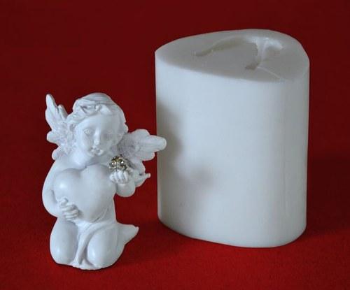 Forma na svíčky Andělíček se srdíčkem - výška 6cm