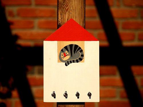Věšák - domek