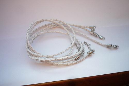 bílá  spletená šňůrka 45 cm