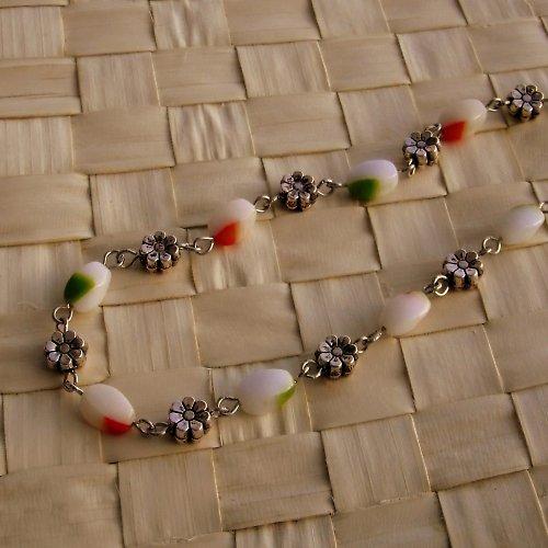 Jemný májový náhrdelník