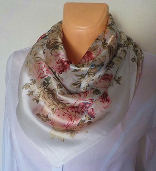 Velký hedvábný šátek----zahrada 1