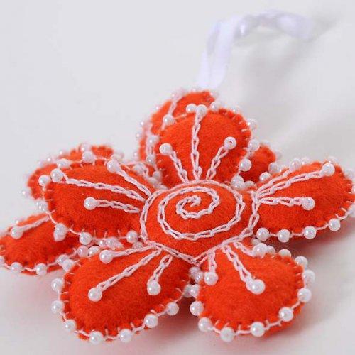 oranžová kytička...