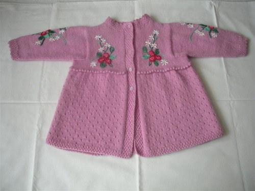 Dětský svetro-kabátek.