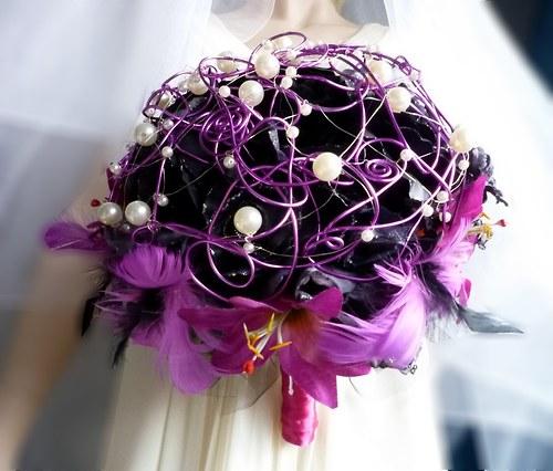 Svatební kytice Temné lilie II. + korsáž