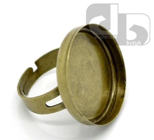 Bronzový prstýnek s hlubokým lůžkem