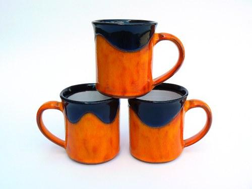 Hrnek rovný střední Orange&Black