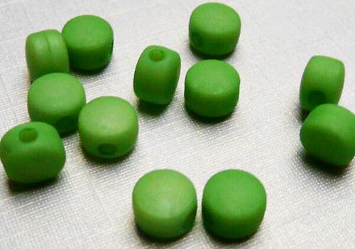 Plastové disky 6 mm - zelená / 15 ks