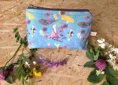 Koupání Koi z Kroměříže. Kosmetická taška