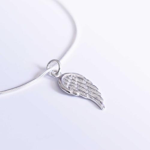 Náramek Křídlo II celostříbrný 18 cm