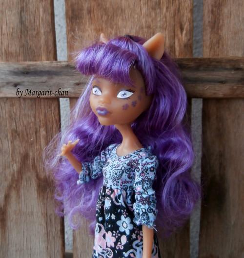 "OOAK Monster High \""Princezna Fialka\"""