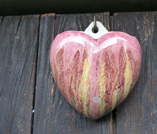 Pastelové srdce...keramická závěsná vázička
