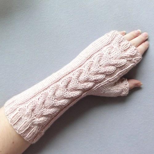 Starorůžové návleky na ruce