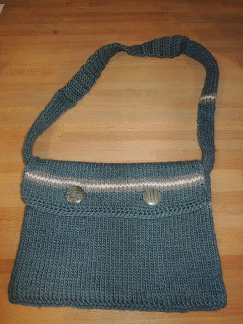 pletená vlněná taška přes rameno