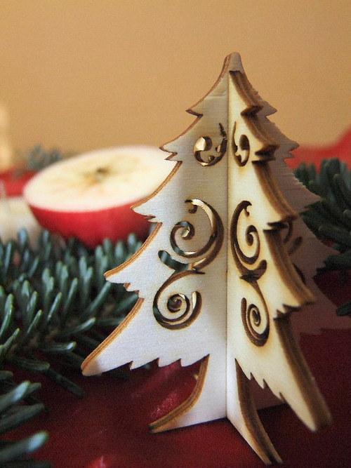 Vánoční strom, stromeček - FILIGRÁN 7 cm