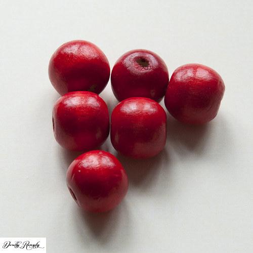 červené drevené korálky 16 mm - 6 ks