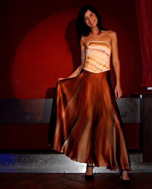 Společenská hedvábná sukně-ručně malovaná