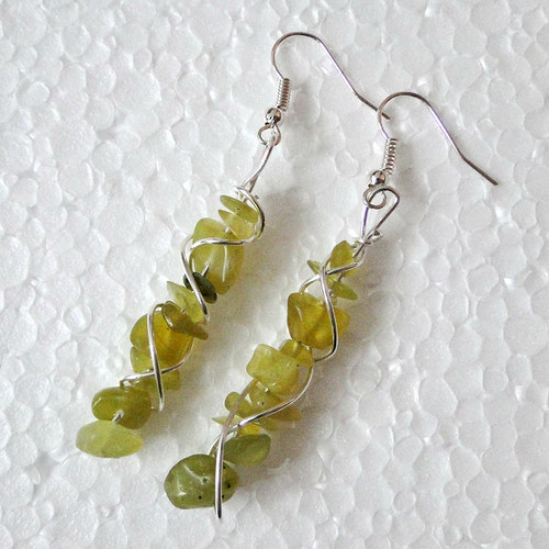 Minerálové náušnice - jadeit - AKCE