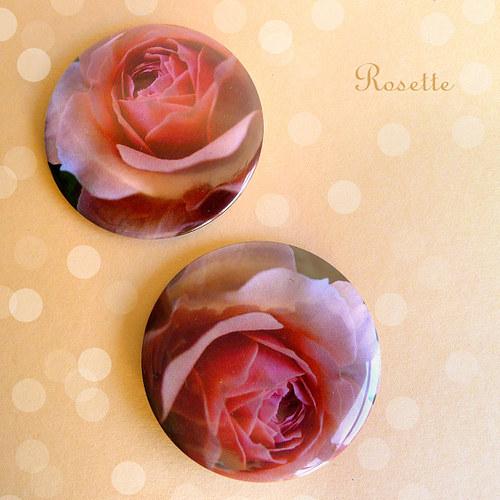 Sladce voní růže ... - magnet / placka