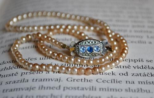 Starožitné perličky - náhrdelník