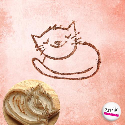 máma kočka sladce snící - razítko