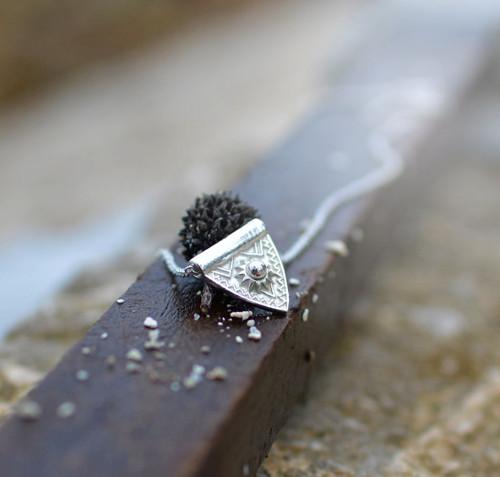 láska k východním vodám :) ... AG náhrdelník