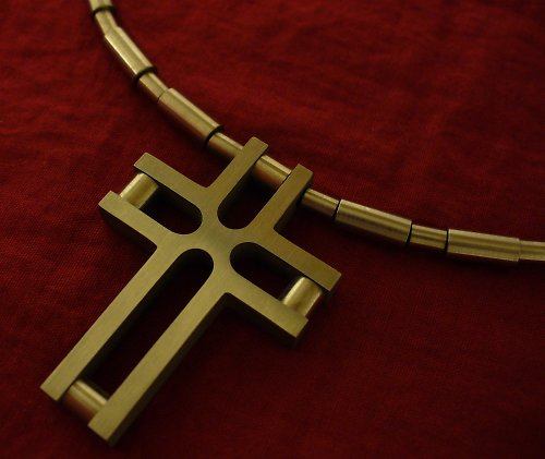 Křížek titan