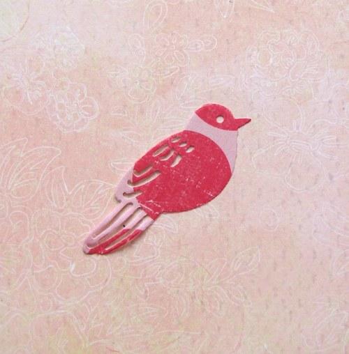 Ptáček sedící (střední)