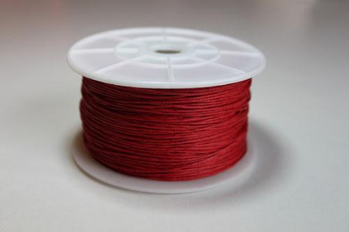 Voskovaná bavlněná šňůrka červená - 1m