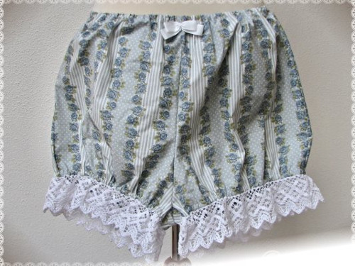 Classic Bloomers: Striped Blue