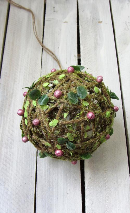 Jarní koule - závěs