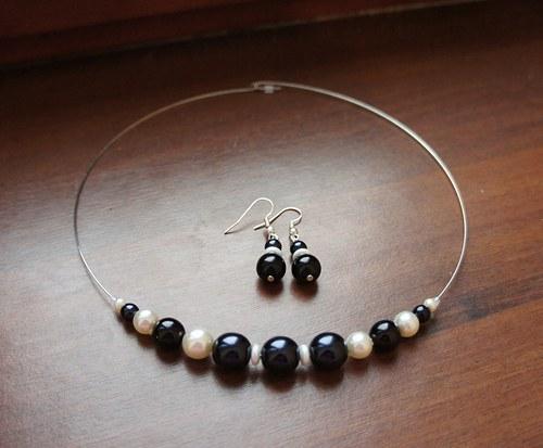 Černo-bílá perličková sada