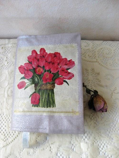 Obal na knihu - Kytice tulipánů