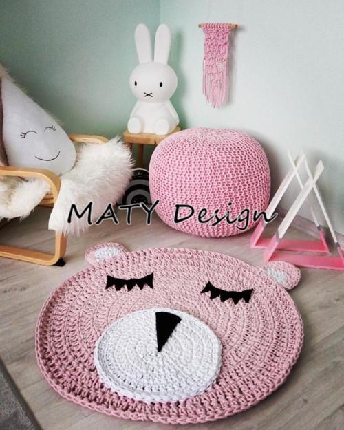 Růžový kobereček Medvídek