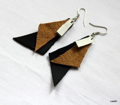 ČSP černoožlutobílé kožené naušnice